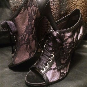 Shoes - Corset lace booties
